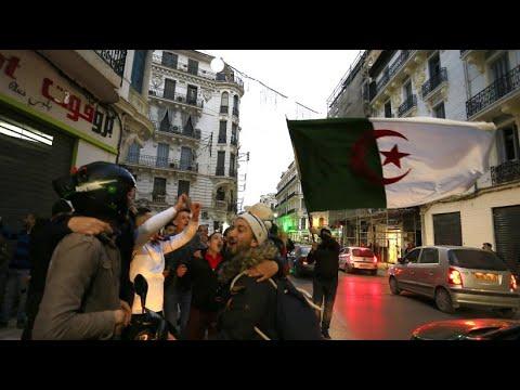 Algerien: Präsident Bouteflika gibt auf und verzichtet  ...