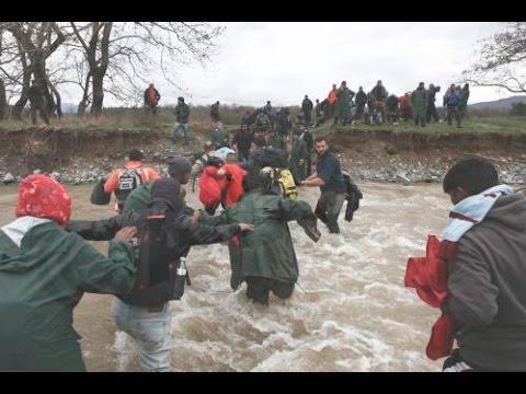 Διέλευση προσφύγων στην Ειδομένη