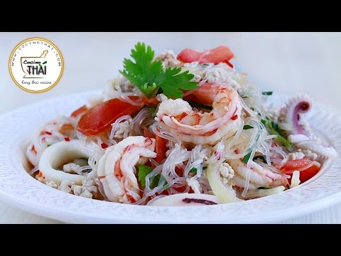 Ensalada de Fideos de soja estilo tailandés (ยำวุ้นเส้น)| Thai Glass Noodle Salad (Yam Woon-Sen)