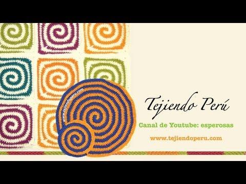 granny spirale - Visita mi página: http://www.tejiendoperu.com/ y encontrarás muchos tutoriales más! Cómo tejer en forma espiral con dos colores de lana a crochet. Incluimos ...