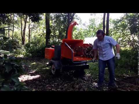 Picador / Triturador de troncos de galhos Lippel - PDU 1800 G