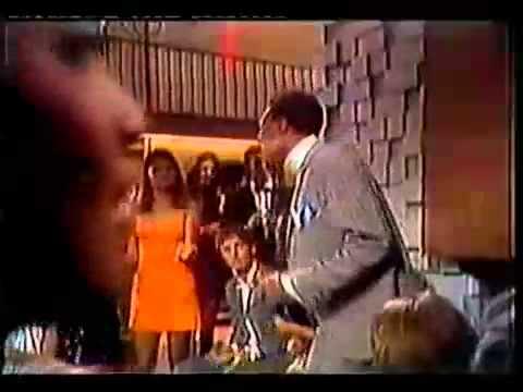 Marvin Gaye - Chained lyrics