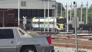 AT THE END OF THIS VIDEO YOU CAN SEE PART OF THE BRIGHT BLUE TRAIN SET!!!!Locos:FEC #438 [GP40-2]FEC #411 [GP40-2] - Long Hood ForwardThis Southbound FEC Rock Train, at a length of about 7,000 feet, is pulling 137 cars consisting of Rock Hoppers and Covered Hoppers.