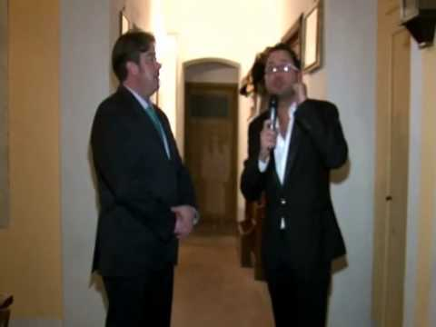 Fantasma comparso durante un'intervista televisiva in una Tv locale