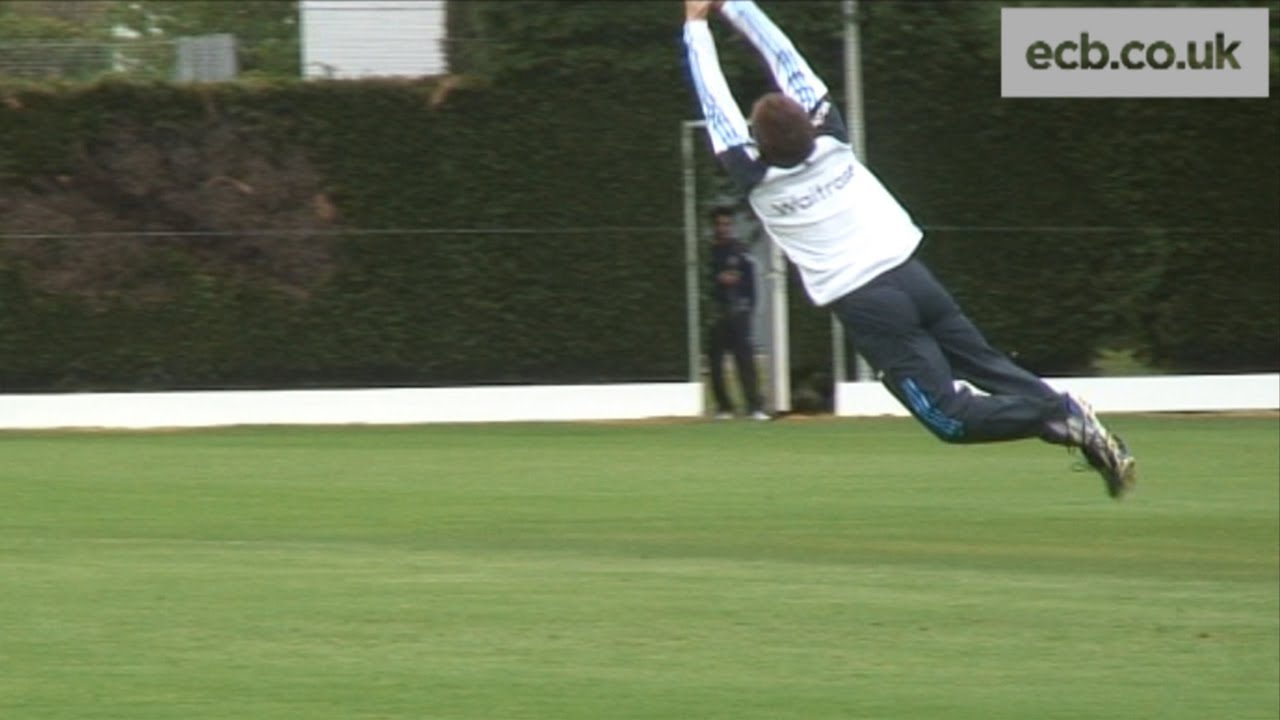 Eoin Morgan takes a great catch in training