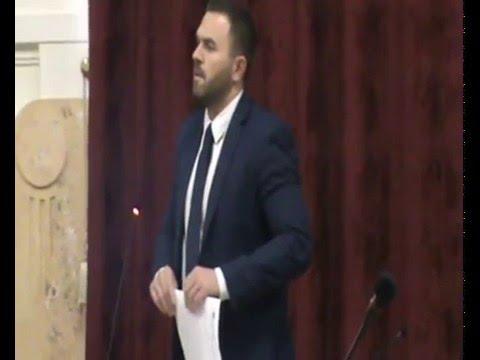 Csupán álca a Jobbik színeváltozása