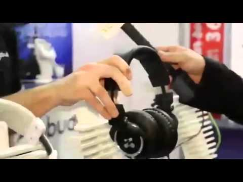 Zipbuds Headphones | TechCrunch At CES 2013