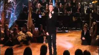 Justin Bieber - Mistletoe - Live on A Michael Buble Christmas(greek TV)