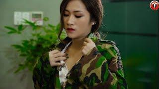 Video Nữ Chủ Tịch Giả Làm Bảo Vệ Thử Lòng Nhân Viên Và Cái Kết - Đừng Bao Giờ Coi Thường Người Khác MP3, 3GP, MP4, WEBM, AVI, FLV Mei 2019