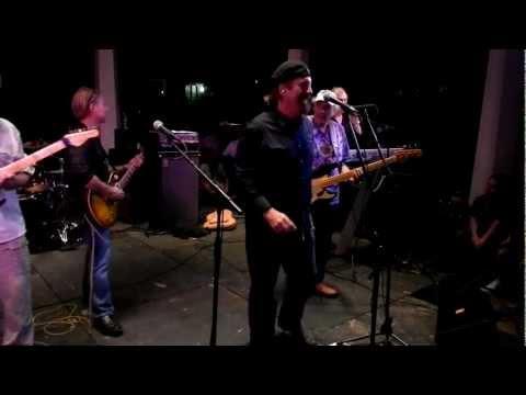 Louisiana's LeRoux morphs into Toto! (видео)