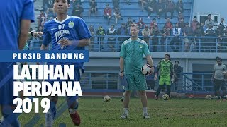 Video LATIHAN PERSIB - Latihan Perdana Persib 2019 MP3, 3GP, MP4, WEBM, AVI, FLV Januari 2019