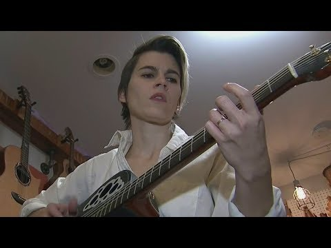 """Kaki King Will Never Stop Learning the Guitar   """"It has completely changed me"""""""