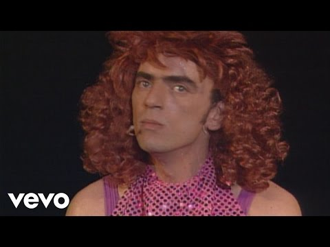Elie Kakou - L'attachée de presse (parodie de Dalida) [à l'Olympia - 1994]