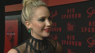 Video Jennifer Lawrence Gets Real About Her Strict Diet for the Nude Scenes in 'Red Sparrow' MP3, 3GP, MP4, WEBM, AVI, FLV Desember 2018