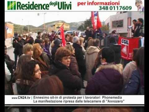 Ennesimo sit-in di protesta per i lavoratori Phonemedia