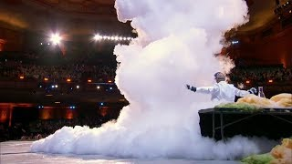 Video America's Got Talent 2017 Science Guy Nick Uhas Blows Up Howie on Stage Full Audition S12E02 MP3, 3GP, MP4, WEBM, AVI, FLV Desember 2018