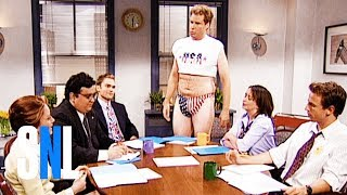 The office (Seann William Scott, Rachel Dratch) is shocked and disgusted when Dale (Will Ferrell) shows up in shorts and a half shirt to show his patriotism, although one co-worker (Horatio Sanz) admires his courage.Get more SNL: http://www.nbc.com/saturday-night-liveFull Episodes: http://www.nbc.com/saturday-night-liv...Like SNL: https://www.facebook.com/snlFollow SNL: https://twitter.com/nbcsnlSNL Tumblr: http://nbcsnl.tumblr.com/SNL Instagram: http://instagram.com/nbcsnl SNL Pinterest: http://www.pinterest.com/nbcsnl/