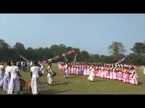 Video Adivasi Nritto competition , Ranibandh  আদিবাসী নৃত্য প্রতিযোগিতা অনুষ্ঠিত হচ্ছে রানিবাঁধ ব্লকে download in MP3, 3GP, MP4, WEBM, AVI, FLV January 2017