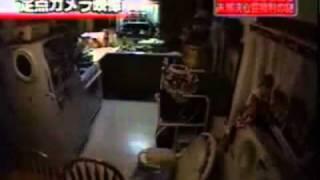 【神祕】廚房東西自己會動
