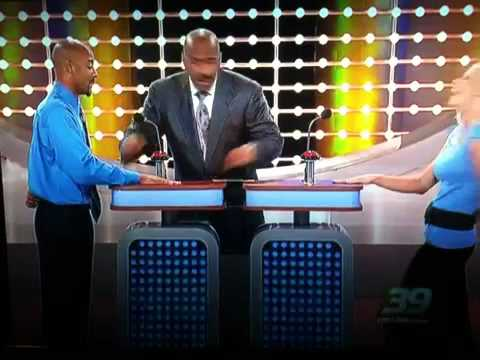 distract - Funniest family feud moment I've ever seen!!!!