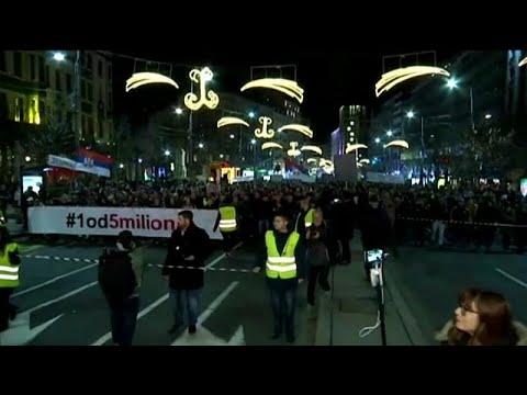 Bελιγράδι: Συνεχίζονται οι αντικυβερνητικές διαδηλώσεις…