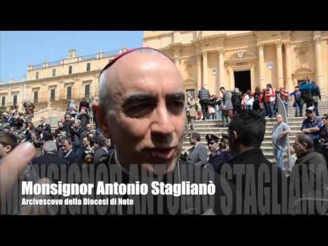 MATTARELLA A NOTO DOVE IL MIGLIOR SUD ALZA LA TESTA. L'appello del Vescovo Staglianò