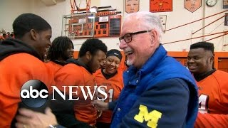 Benton Harbor (MI) United States  city photo : Inspiring Football Coach and Team Get Epic Surprise