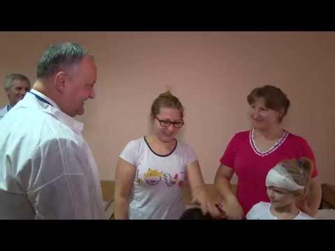 Cuplul prezidențial a efectuat o vizită la  Institutul Mamei și Copilului, Clinica Emilian Coțaga