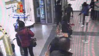 Casalnuovo di Napoli Italy  city images : Poliziotto sventa rapina in ufficio postale a Casalnuovo di Napoli
