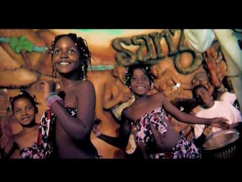 Mc Roger feat. Doppaz - Moçambicano quer Marrabenta  (Video Oficial)