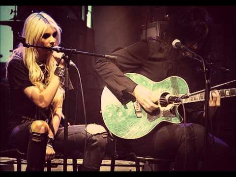 Cold Blooded - The Pretty Reckless (Bluesy Acoustic Version)