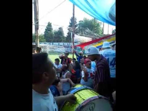 lA HINCHADA DE COLEGIALES...  colegiales vs Defensores 0-2. - La Banda del Tricolor - Colegiales