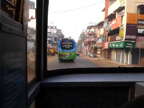 Kerala Bus - Crews of EVERGREEN Kozhikode-Ernakulam Superfast and Driver of RAC 929 of KTYM in Kozhikode-Kottayam having a small fight at Valanchery around 7: 10 AM. Ever...