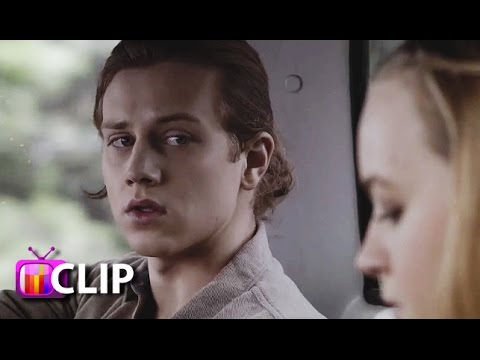 'Finding Carter': Max Lies To Taylor About Hooking Up With Carter