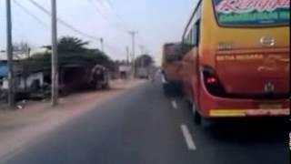 Video Balapan Bus Setia negara vs Bus Luragung dipantura MP3, 3GP, MP4, WEBM, AVI, FLV Agustus 2018