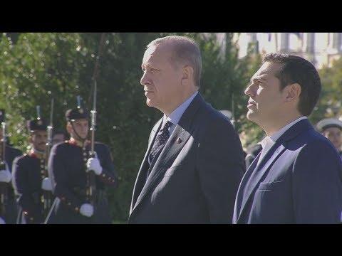 Στεφάνι στον Άγνωστο Στρατιώτη ο T. Ερντογάν