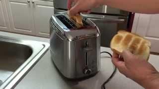 Black & Decker TR3500SD Rapid Toast 2 Slice Toaster - Unboxing