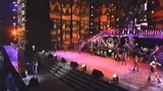 Whitney Houston ~ Live in 1994 (Pt. 4/17) ~ I Wanna Dance With Somebody/How Will I Know