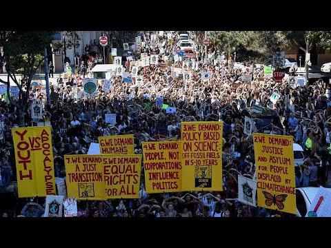 Πρωτοφανής διεθνής συμμετοχή στις διαδηλώσεις για το κλίμα…