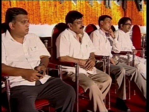 Video Raj Thackeray at Shivaji Park on May 3 - Part 06 download in MP3, 3GP, MP4, WEBM, AVI, FLV January 2017