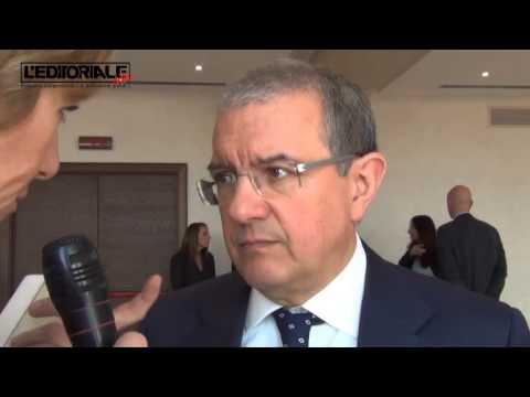 Intervista a Massimo Mucchetti Paola Pelino
