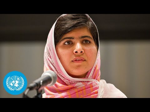 Nations - United Nations, New York, 12 July 2013 - Education activist Malala Yousafzai marks her 16th birthday, on Friday, 12 July 2013 at the United Nations by giving her first high-level public appearance...