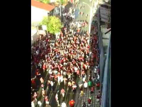 COMANDO afuera del estadio 😍🔴🔵 ( no pudieron ingresar por que ya no había lugar  en NORTE  - La Plaza y Comando - Cerro Porteño