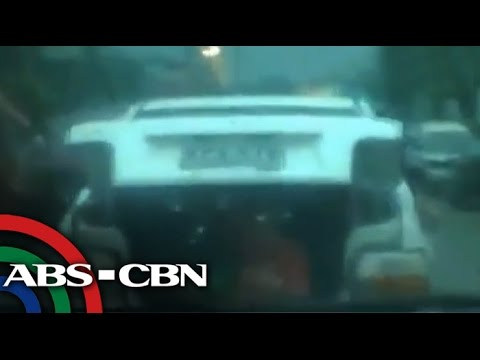 kids - Bayan Patroller captured a car in Cagayan de Oro who had a 2 kids in the trunk. Subscribe to the ABS-CBN News channel! - http://goo.gl/7lR5ep Watch the full ...