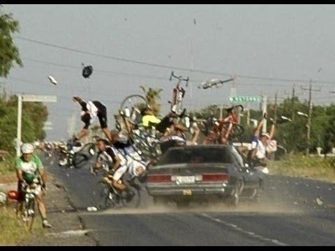 台灣高速公路上最誇張車禍