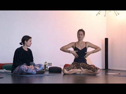 ZOOM KABOOM | Gülsha & Mahara beim Tantra-Workshop - Teil 1