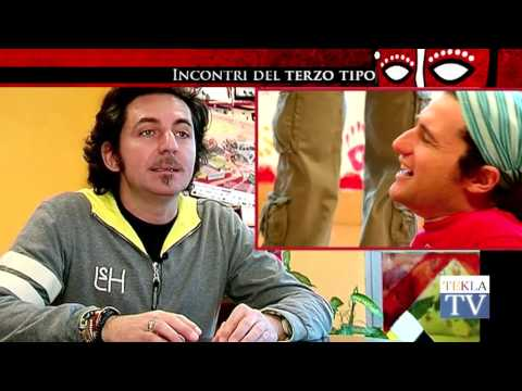 Watch video Sindrome di Down: Incontri del Terzo Tipo: I buffoni di corte (I)