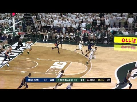 Isaiah Livers Dunk vs. Michigan State