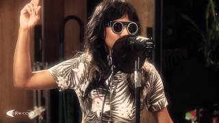 "Video Santigold performing ""Disparate Youth"" on KCRW MP3, 3GP, MP4, WEBM, AVI, FLV Juli 2018"