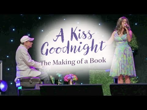 """FULL """"A Kiss Goodnight"""" performance & panel with Richard Sherman at D23 Expo 2017"""